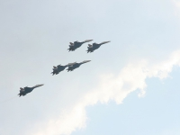 В небе Русские Витязи на СУ-27