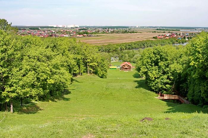 Вид с вершины Боровского Кургана - май 2013