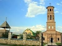 Храм Святителя Николая Поселка Володарского - вид на колокольню