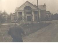 Здание чулковского Дома Культуры - ныне помещение батальона особого назначения ГИББД