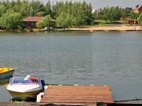 Пристань на берегу Левадии