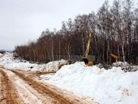 Февраль 2013 - стройка забора вдоль Боровского Кургана