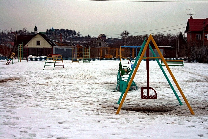 Детская площадка у ДК