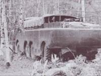 Грузовой вариант амфибии ЗИЛ-135П. Слева - В. А. Грачев