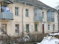Старые дома текстильщиков в поселке Володарского