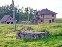 Дом на отшибе возле деревни Прудки