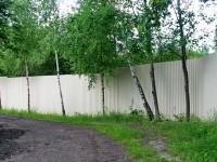 Забор по границе СНТ Лотос по берегу Москва-реки