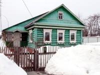 Красивый зеленый домик