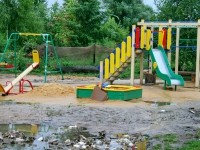 Обновленная детская площадка - июль 2013