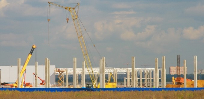 Strojka-Torgovogo-parka-v-ZHukovskom-sentyabr-2014