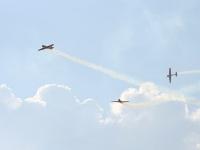 Фигура вентилятор выполняется пилотажной группой на самолетах ЯК-52 и ЯК-54