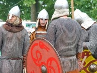 Бойцы в шлемах