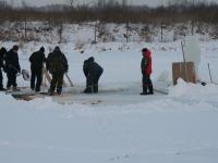 Обустройство проруби для крещенских купаний - январь 2014