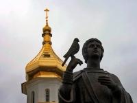 Памятник Святому Трифону