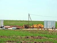 Строительство временных домиков. Май 2012