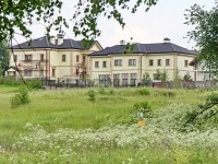 Дома в коттеджном поселке