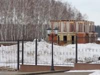 Стройка дома из кирпича и монолита