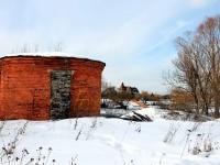 Старое сооружение на берегу Кутузовских Холмов
