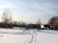Промышленное сооружение попало на территорию поселка