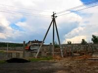 Новый бетонный забор идет от стены Чулково Клаб - июнь 2013