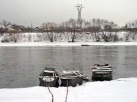 Трое лодок