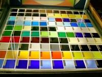 Цвет стекла зависит от добавок