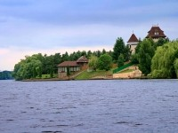 Берег реки напротив Боровского Кургана