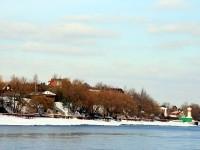 Берег Москва-реки в селе Верхнее Мячково