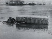 Испытания автопоезда ЗИЛ 137  на реке Пахра (1964 год)