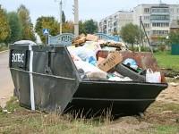 Мусорный контейнер ЗСПВС на мусорной площадке