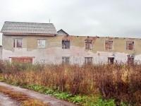 Заброшенное хозяйственное строение